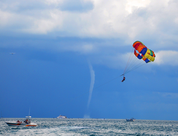 Key West Day Trip & Parasailing From Fort Lauderdale